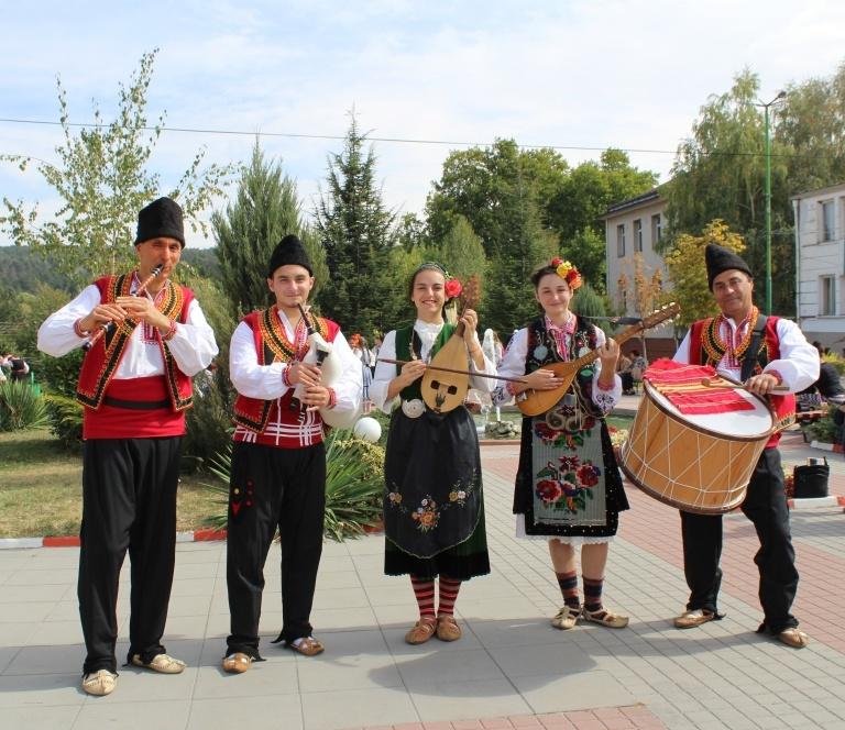 Instrumentalna grupa Srednogortsi-15