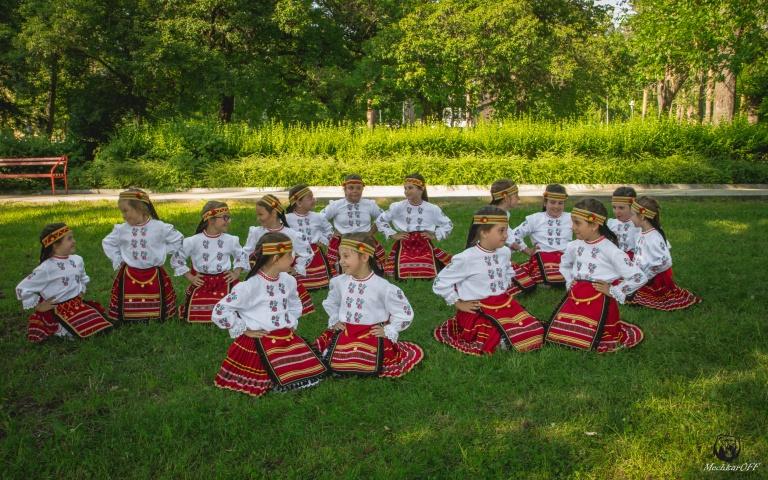 Detski tantsov sastav Srednogorche-43