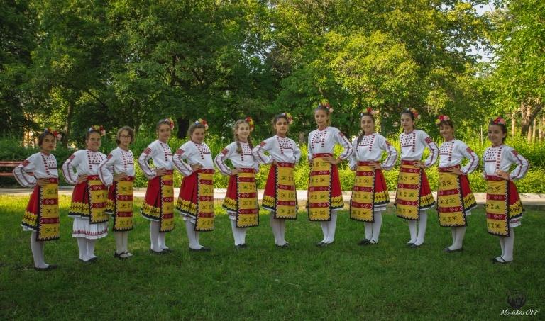 Detski tantsov sastav Srednogorche-33
