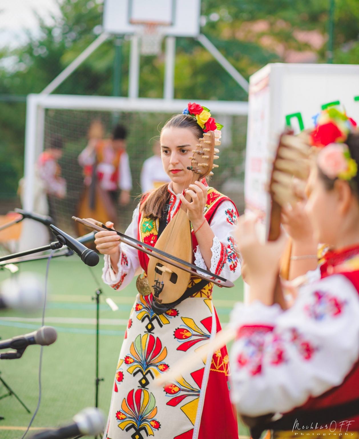Tsvetina Gramova-gadulka-1