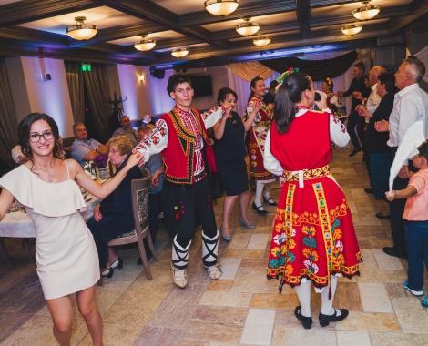Svatba s folklorna programa ot Srednogortsi-62